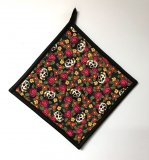 "Skulls and Roses - Handmade 9x9"" Pot Holder"